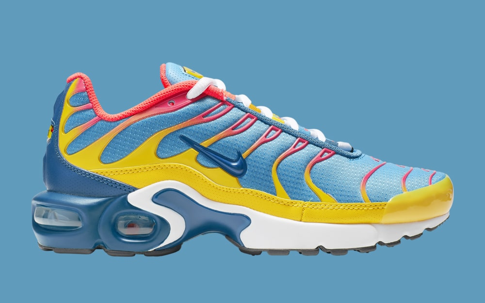 quality design 9e361 714c5 These Superman Ice Cream-Flavored Air Max Plus  are a Perfect Summer ...