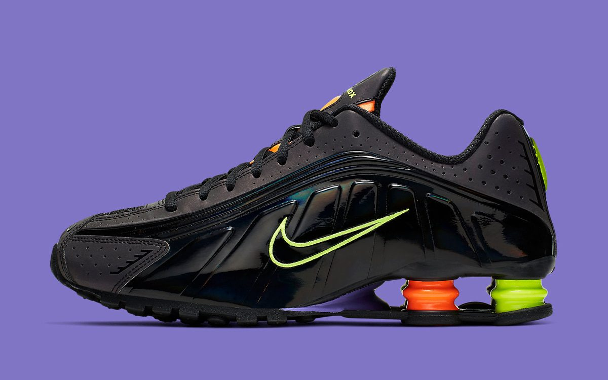 New Nike Shox Surfaces with Multi-Colors and Iridescent Finishes