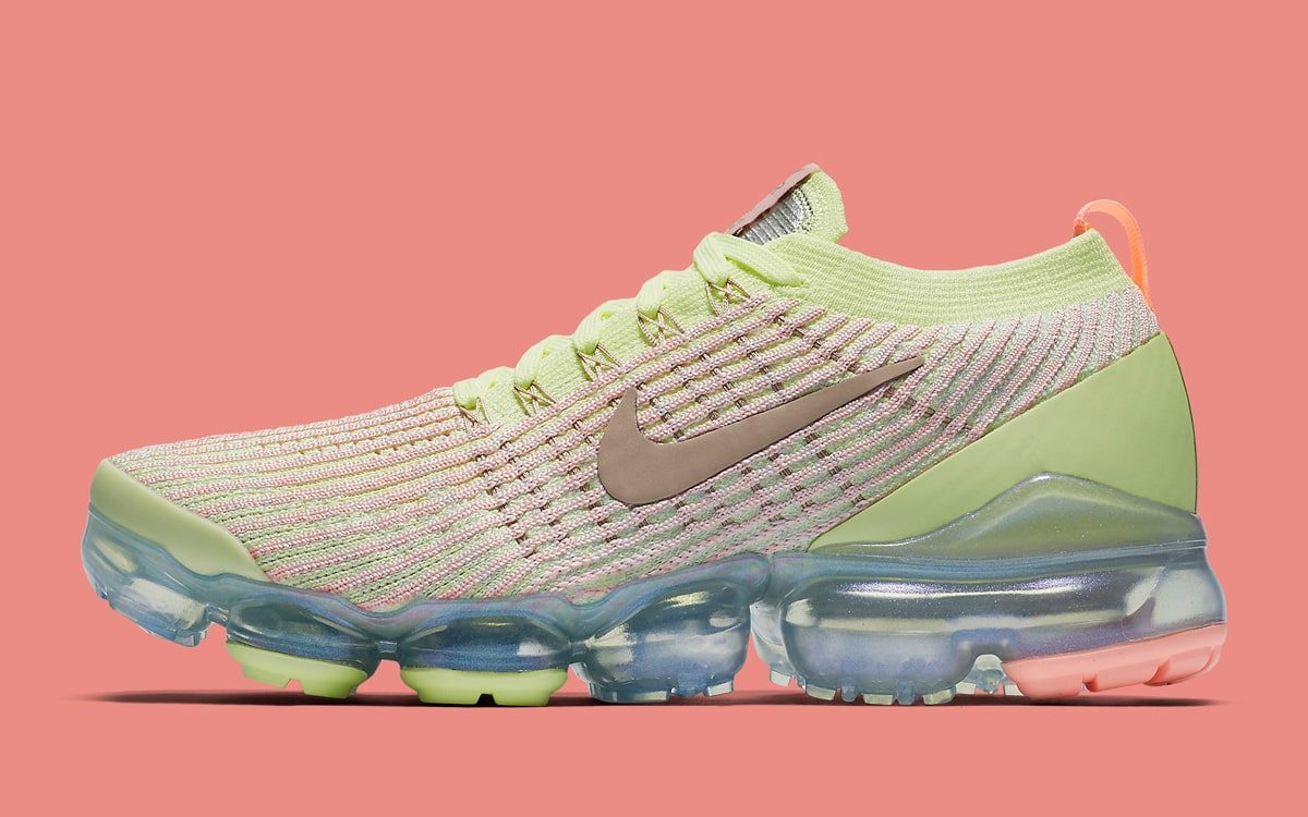 More Easter-Themed VaporMaxs Arrive This Week!