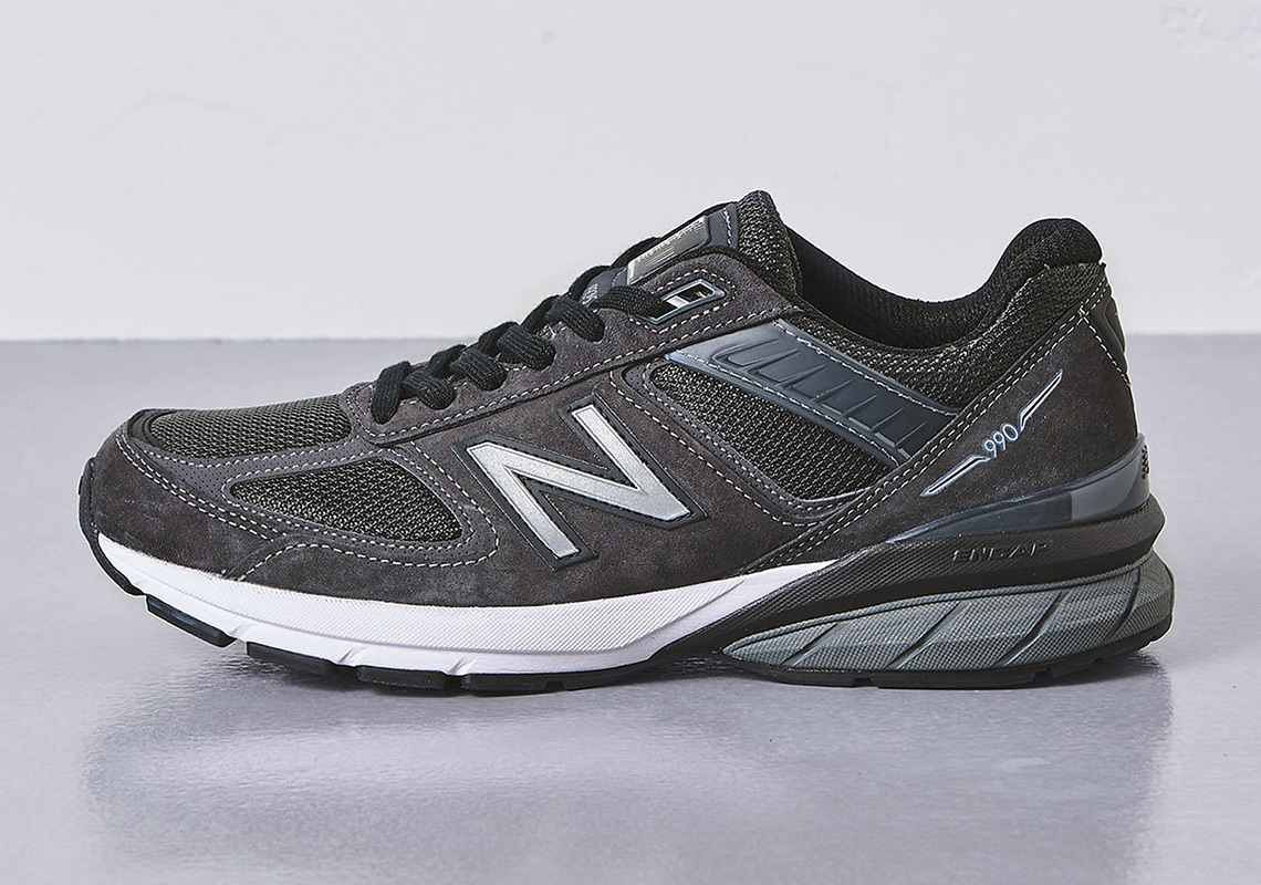online retailer 8911c f0a33 United Arrows Tone Down the New Balance 990v5 Dad Shoe ...