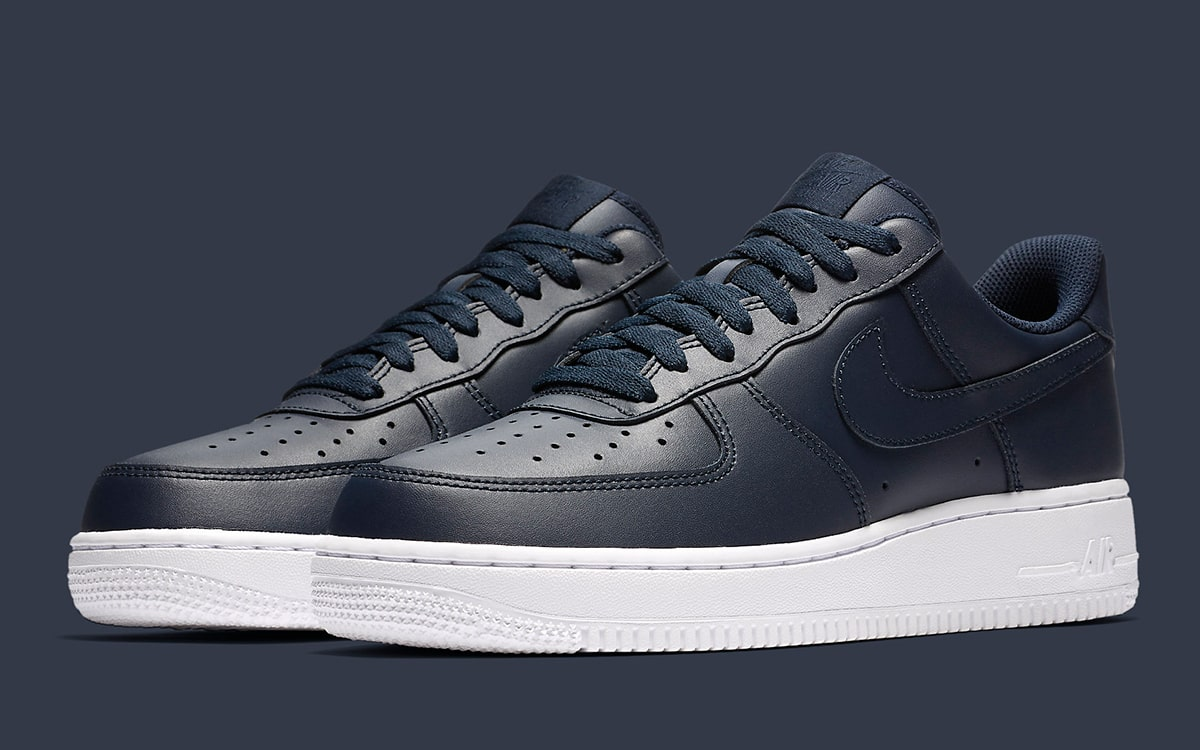 Of In Nike Obsidian Air Out Force All Covers House 1 The Upper 3L4RqAcj5