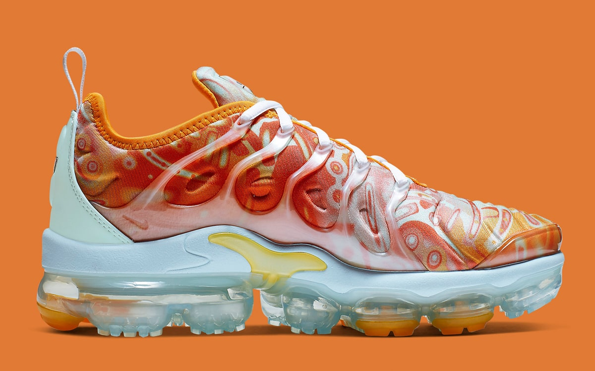 3322b670783b The Nike VaporMax Plus Gets the Dip-Dyed Drip - HOUSE OF HEAT ...