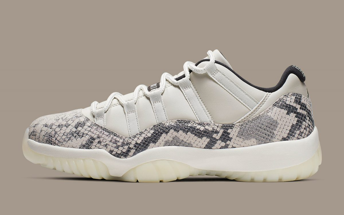 the latest d447c e536c The Air Jordan 11 Low