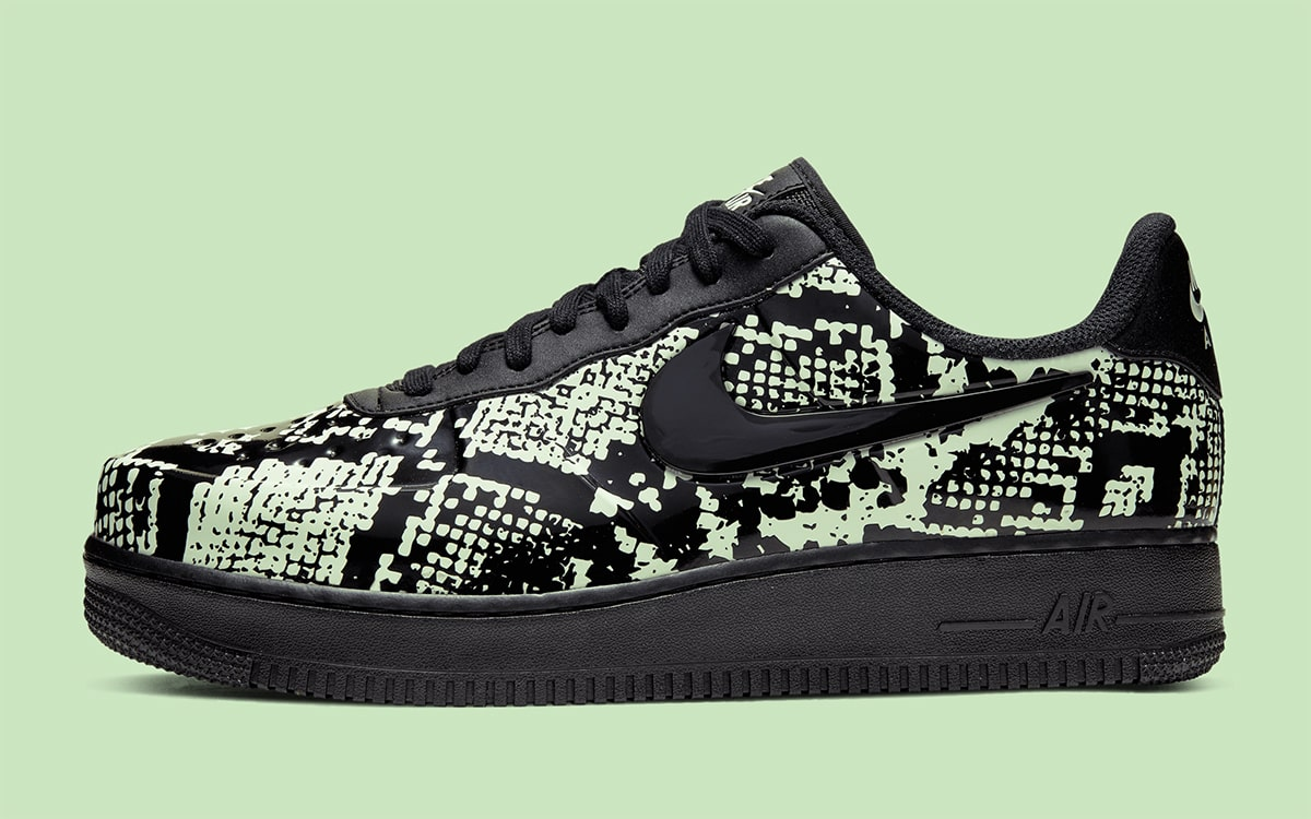 The Nike Air Force 1 Low Foamposite Pro