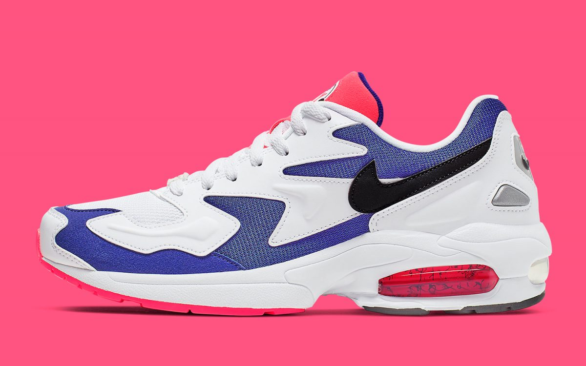 "Nike Offers Up Another Twist on the OG ""Purple Berry"" Air Max2 Light"