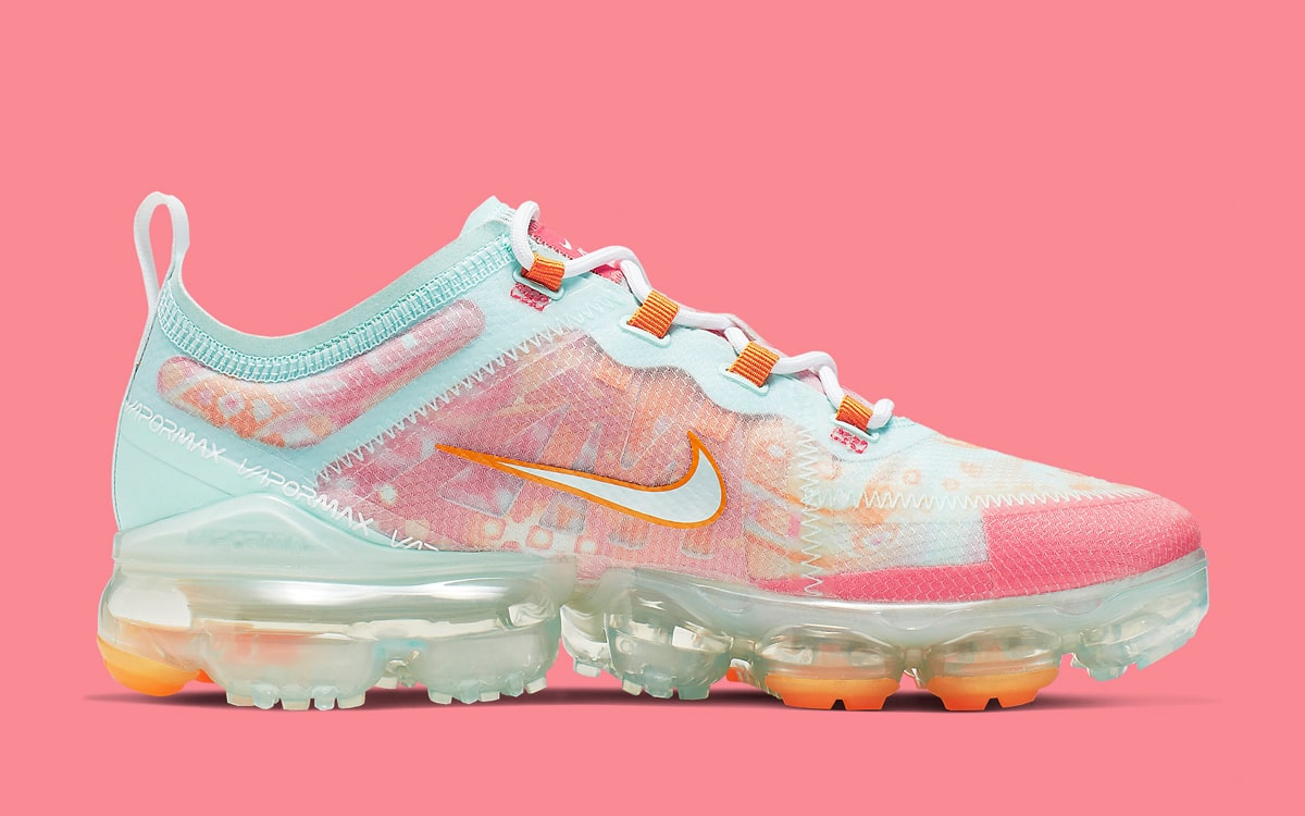 60880a3ba4e9f Available Now // The Nike VaporMax 2019 Gets Dip-Dyed Drip - HOUSE ...