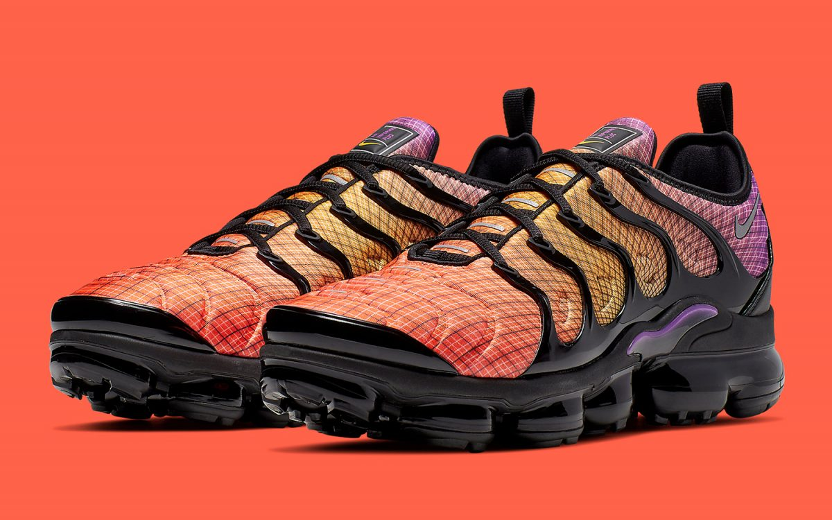 "The VaporMax Plus Pops Up in Purple ""Sunset"" Colorway"