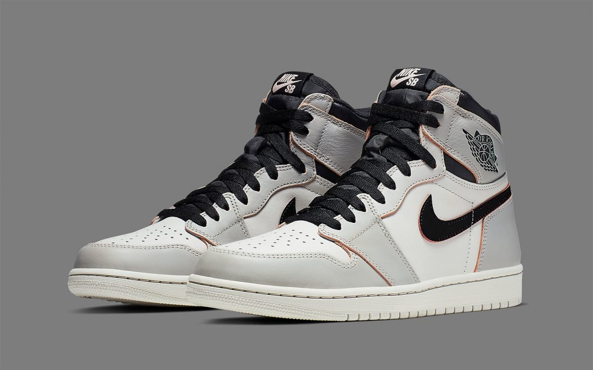 "Official Looks at the ""Light Bone"" Nike SB x Air Jordan 1 High"