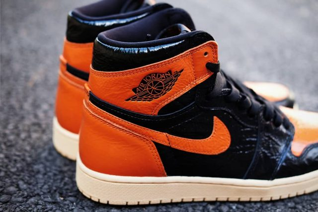 "watch 9cc04 97619 Detailed Looks at the Air Jordan 1 ""Shattered Backboard"" 3.0"