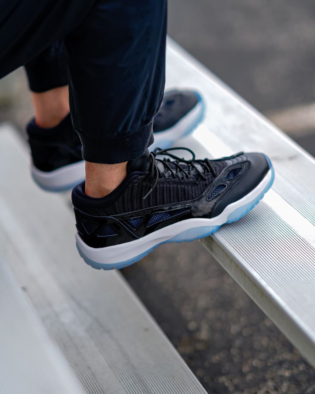 nike air jordan 11 low ie space jam