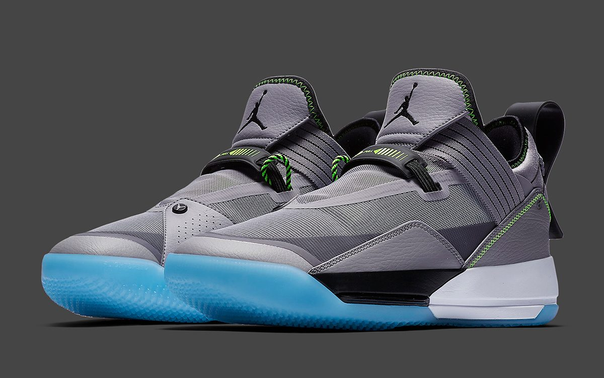 The Air Jordan 33 Appears in Wolf Grey and Volt