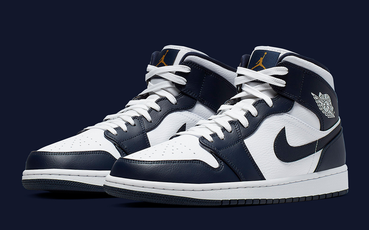 Available Now The Air Jordan 1 Mid Looks Awesome In Obsidian House Of Heat Sneaker News Release Dates And Features