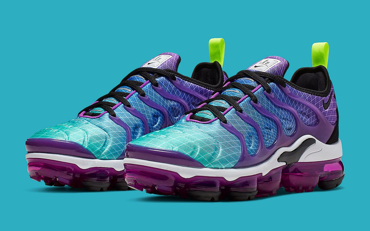 brand new c7961 3ea2a Available Now // Nike Air VaporMax Plus