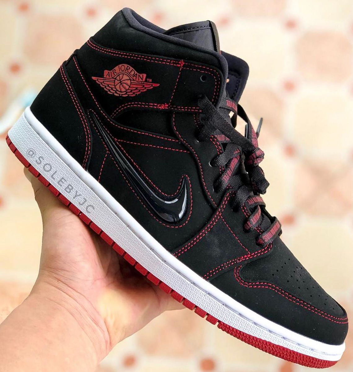 Jewel-Swooshed Jordan 1 Mid Celebrate 10th Anniversary of Mike's Hall of Fame Induction