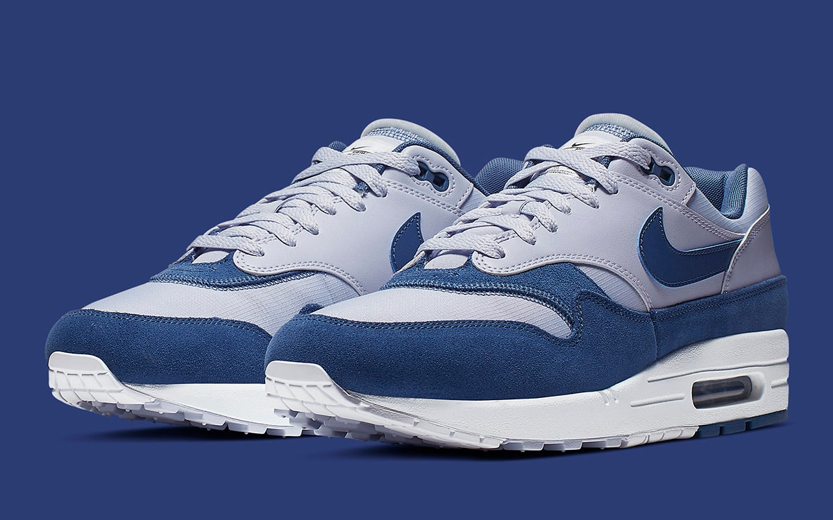 Available Now The Nike Air Max 1 Goes Inside Out </p>                     </div>                     <!--bof Product URL -->                                         <!--eof Product URL -->                     <!--bof Quantity Discounts table -->                                         <!--eof Quantity Discounts table -->                 </div>                             </div>         </div>     </div>              </form>  <div style=