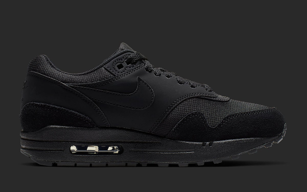 Two Tasteful Air Max 1 Premiums are Available Now! HOUSE
