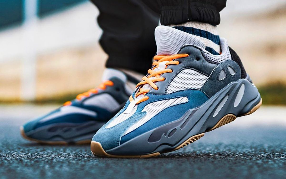 """On-Foot Looks at the YEEZY 700 """"Teal Blue"""" 👀"""