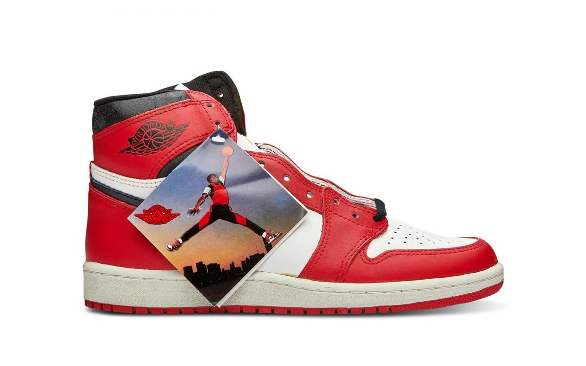 "88a1a5e2fe4cd1 Air Jordan 1 High '85 ""Chicago"". Style Code: CQ4921-601. Color: Varsity  Red/White-Black Release Date: February 2020. Price: $160"
