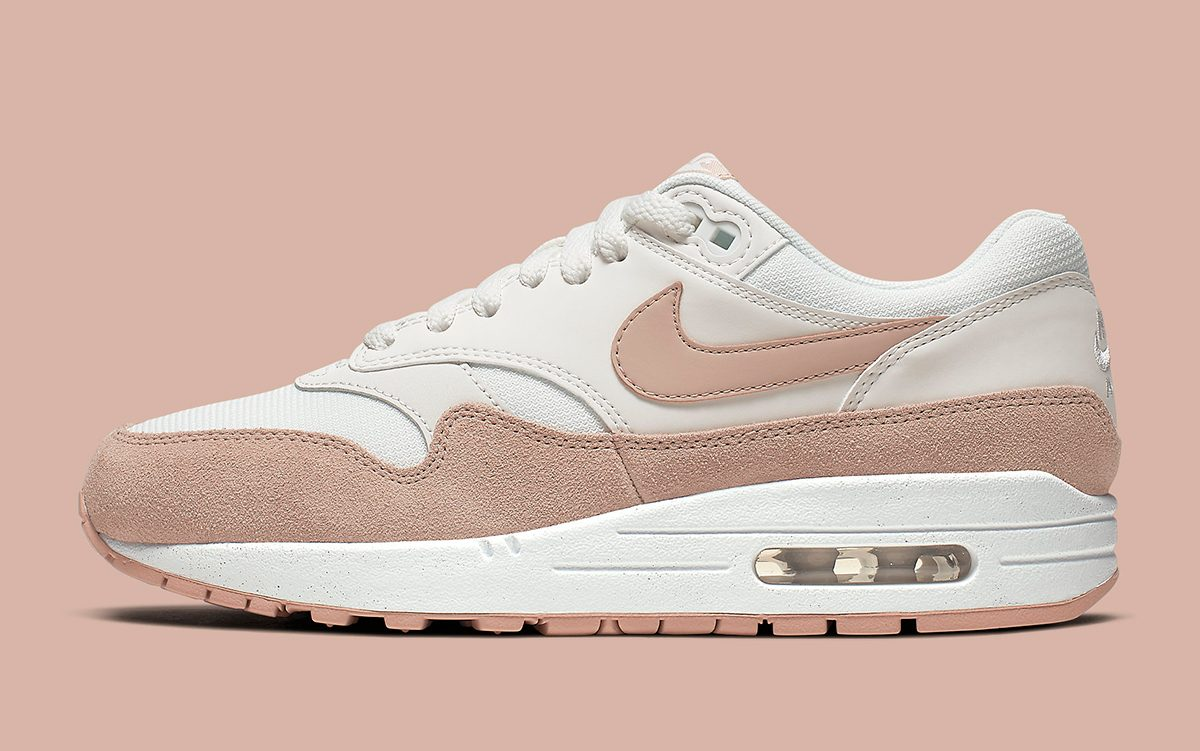 Two Tasteful Air Max 1 Premiums are Available Now!