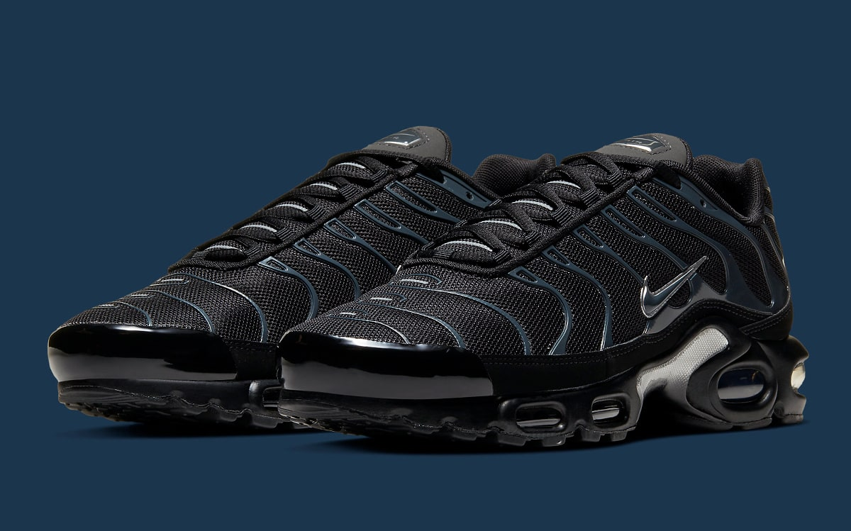 Available Now The Air Max Plus Arrives In Bangin Black And