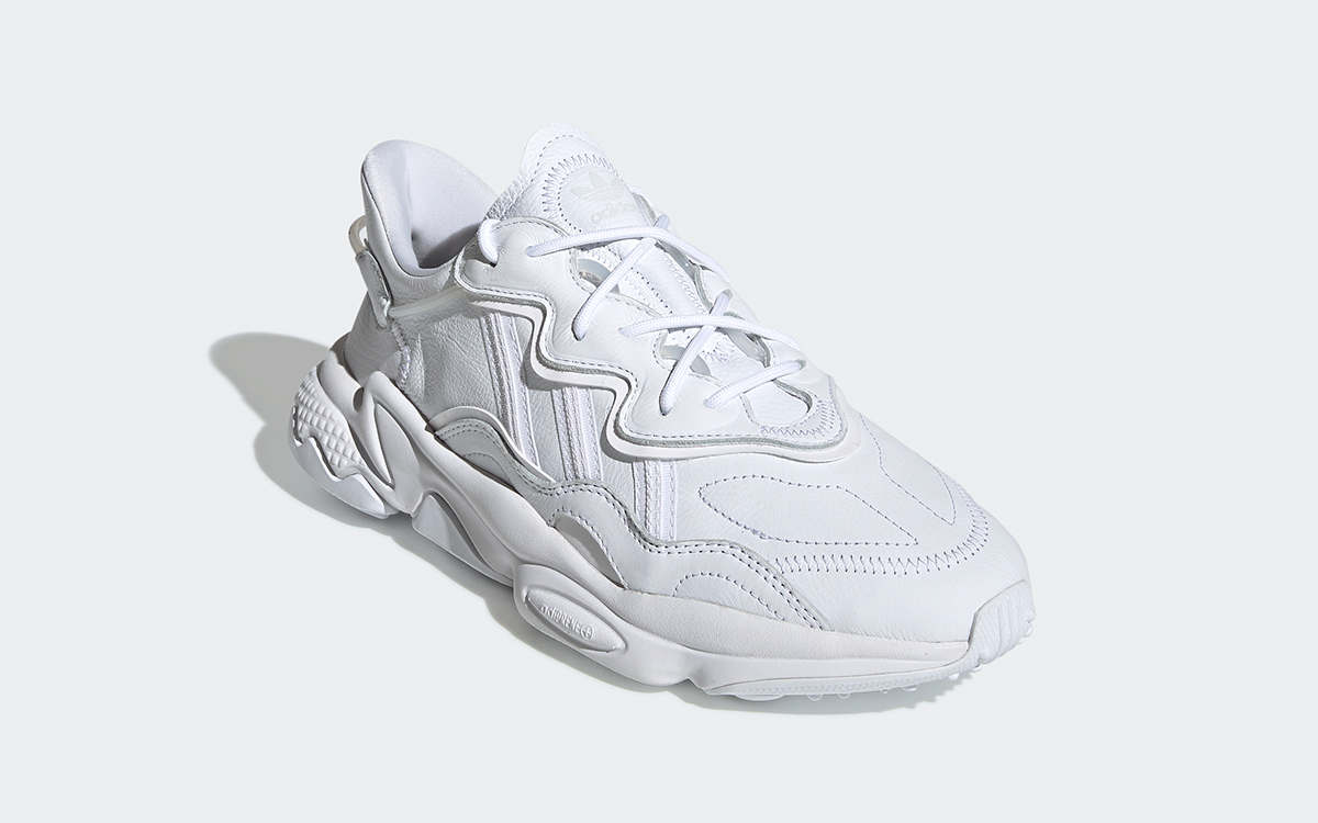 Incidente, evento Janice Al borde  Available Now // adidas Ozweego Arrives in Triple White - HOUSE OF HEAT |  Sneaker News, Release Dates and Features