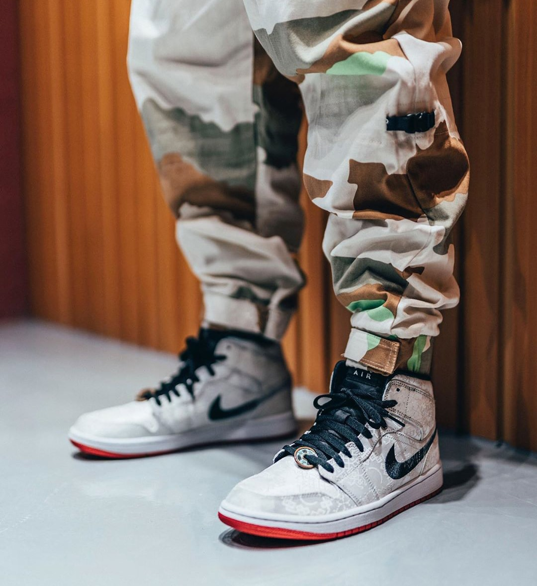 """On-Foot Looks at the CLOT / Edison Chen x Air Jordan 1 Mid """"Fearless"""""""