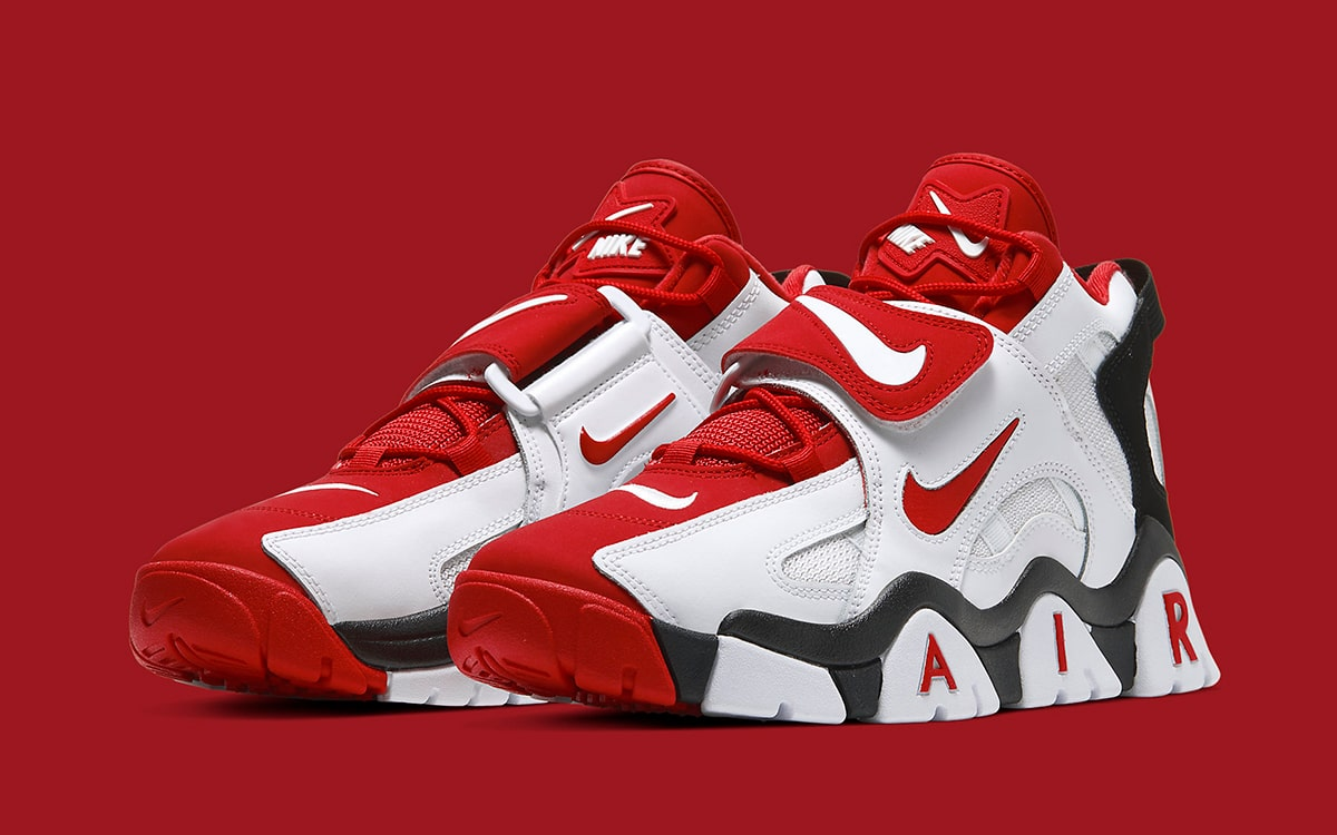 Available Now // Nike Air Barrage Mid
