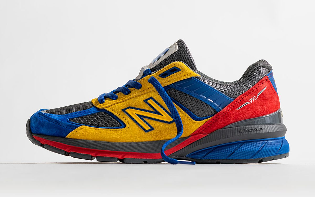 EAT and New Balance Reunite on the 990v5
