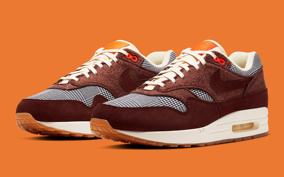 "Air Max 1 ""Houndstooth"" Releases December 9th"