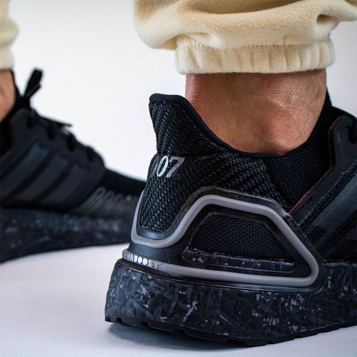 adidas ultra boost 20 james bond 007 no time to die