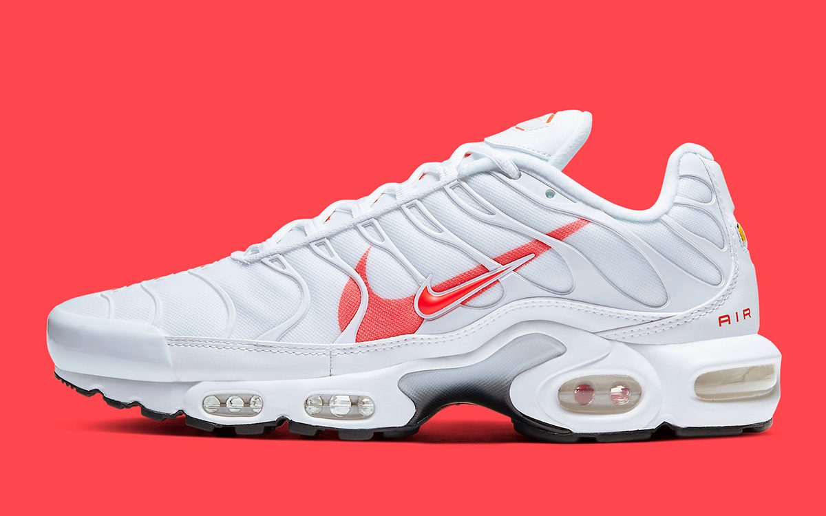 Another Double Swooshed Air Max Plus Pops Up This Time In White