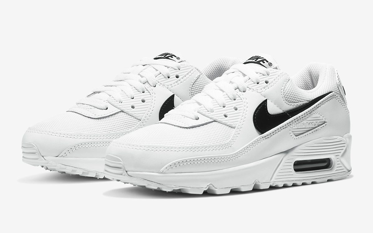 Available Now // Nike Issue an Ultra-Clean Colorway of the OG-Cut Air Max 90