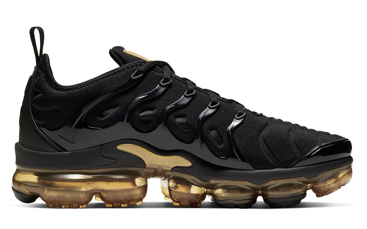Available Now // Nike Air VaporMax Plus in Black and ...