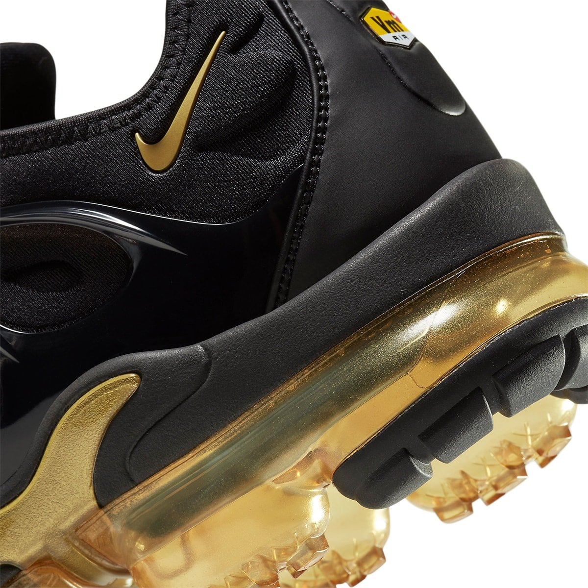 Available Now // Nike Air VaporMax Plus