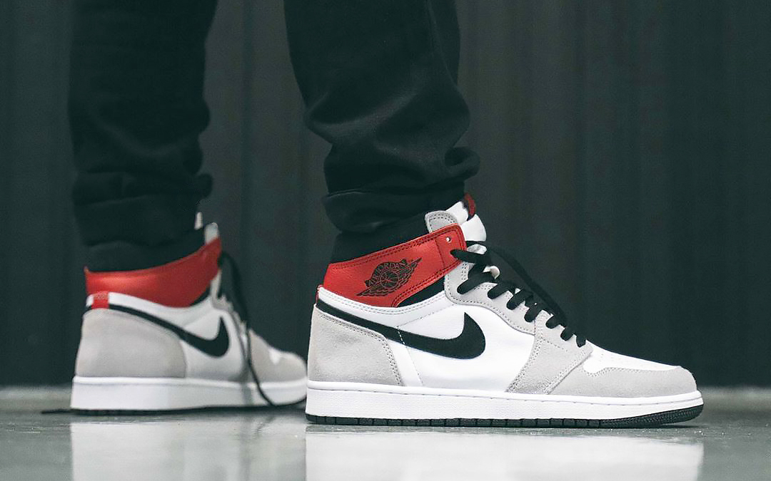 "On-Foot Looks at the Air Jordan 1 High ""Light Smoke Grey"""