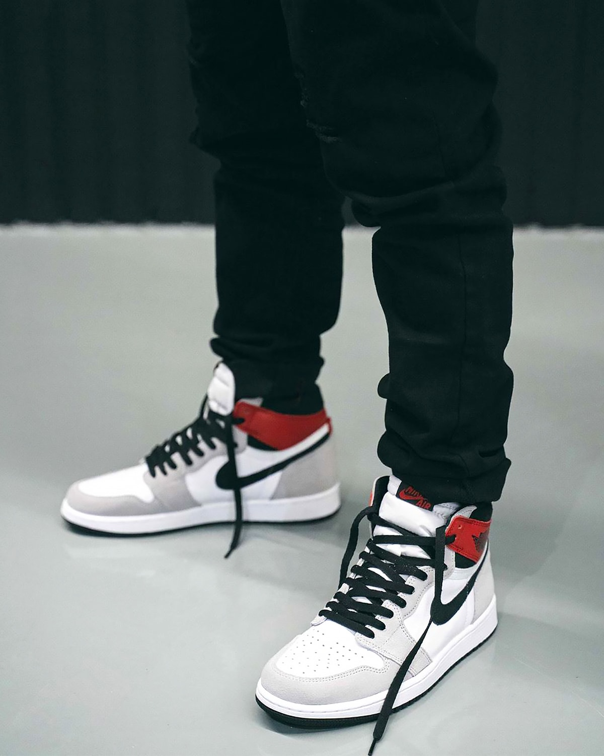 nike air jordan 1 high on feet