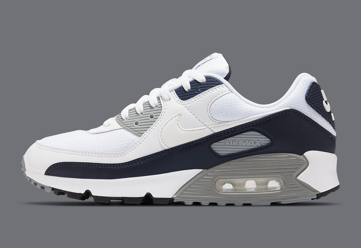 The Og Nike Air Max 90 Obsidian Is Available Now House Of Heat