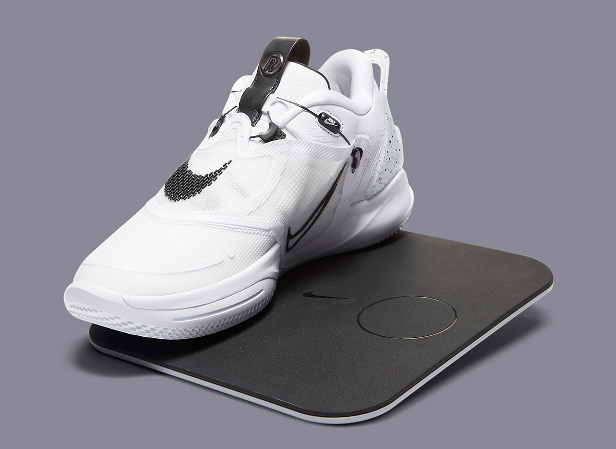Nike Adapt Bb 2 0 Oreo Set For November 10th Release House Of Heat Sneaker News Release Dates And Features