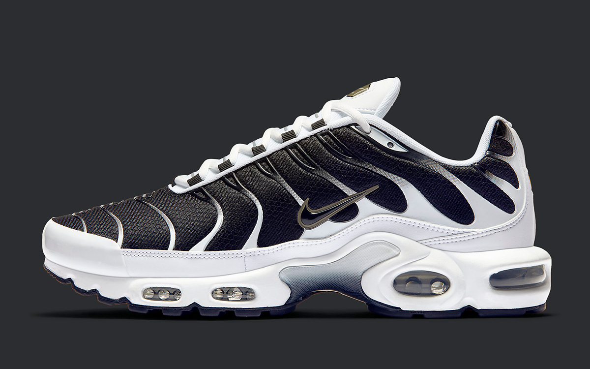 The Air Max Plus is Back in Black, White and Brass - HOUSE ...