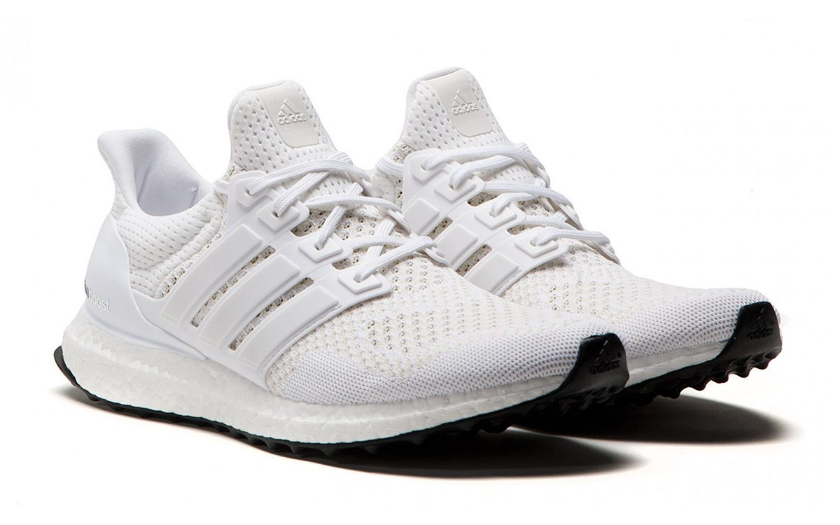 "2015's OG adidas Ultra BOOST 1.0 ""White"" Releases Again This Week"