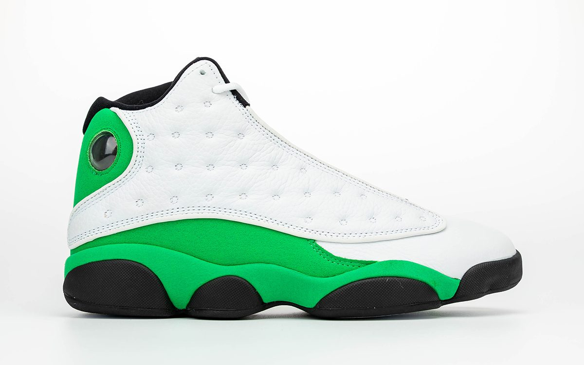 """Detailed Looks at the Air Jordan 13 """"Lucky Green"""""""
