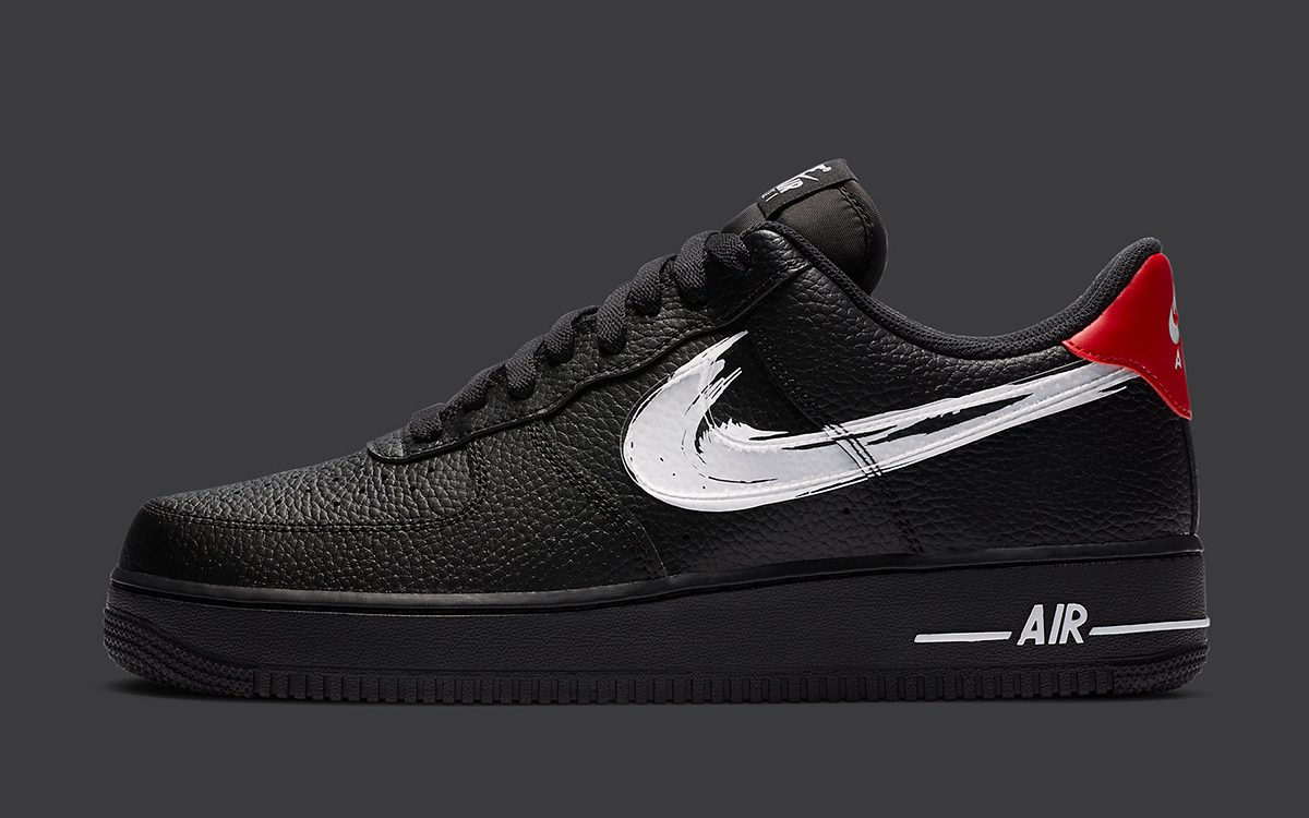 "Nike Air Force 1 ""Brushstroke Swoosh"" Pack Appears!"