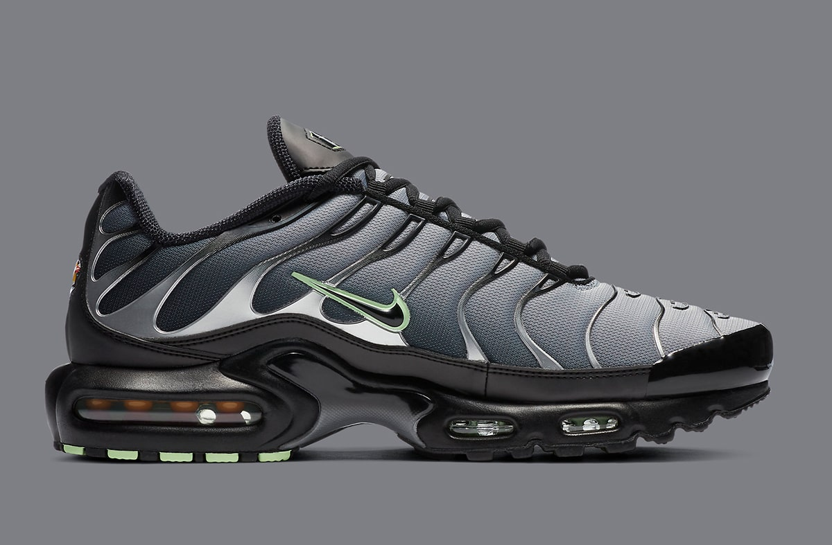 The Nike Air Max Plus Green Glow Is Simply Gorgeous House Of