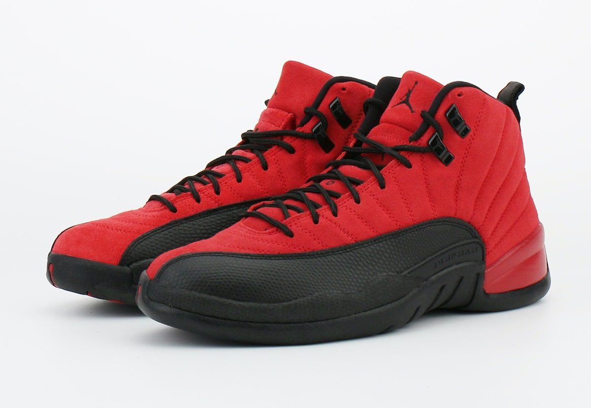 "Detailed Looks at the Air Jordan 12 ""Reverse Flu Game"" Just Dropped 👀"