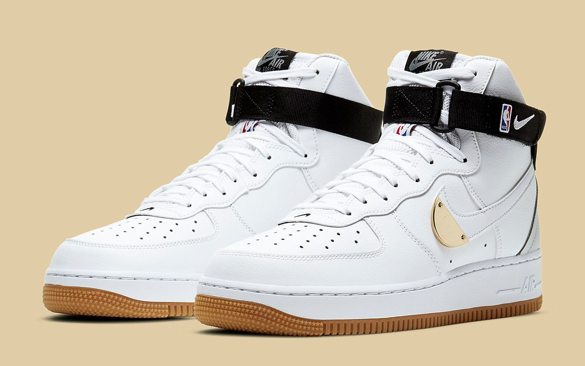 "compensación Aplicable Oblicuo  White and Gum Graces the Next Addition to Nike's Air Force 1 ""NBA Pack"" -  HOUSE OF HEAT 