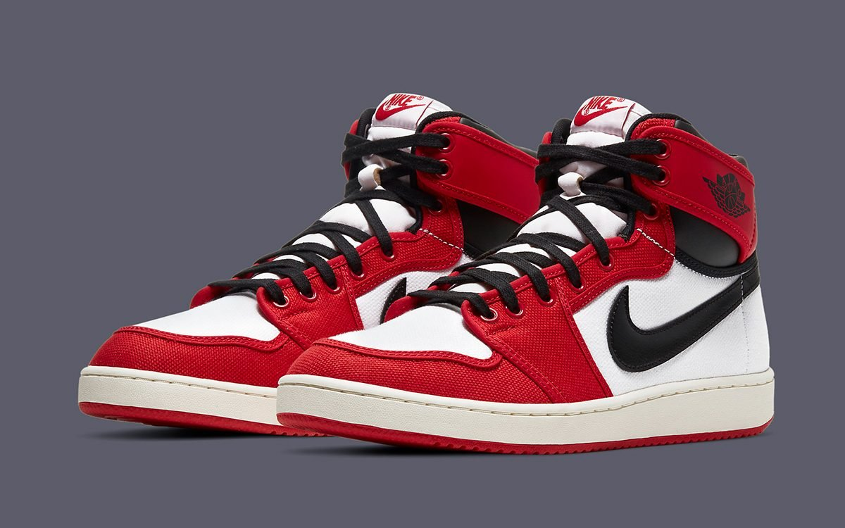 "Air Jordan 1 KO ""Chicago"" Confirmed for May 12th Release"