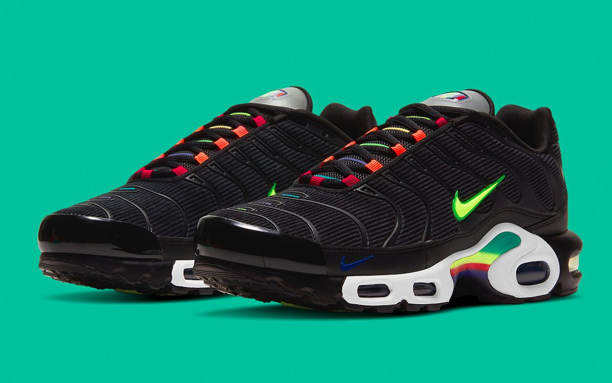 Corduroy-Clad Air Max Plus Celebrates the History of Air