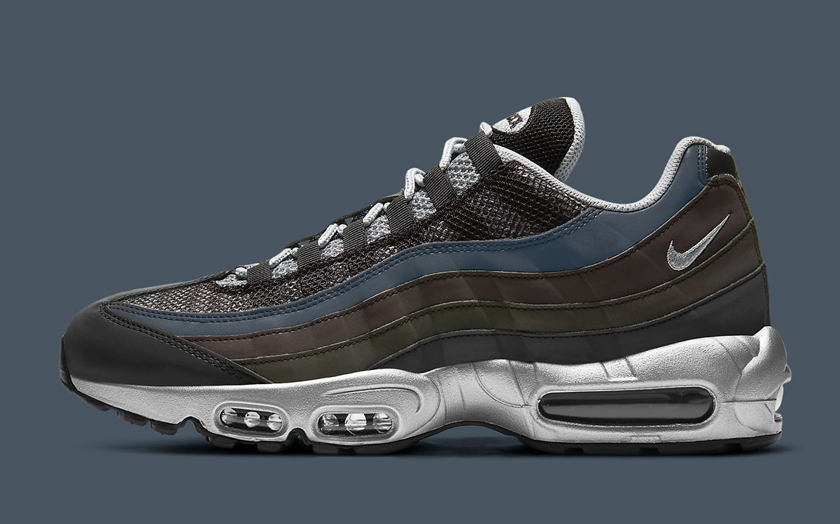 Earthy Air Max 95 has Hidden Colorful Form | HOUSE OF HEAT