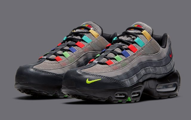 "Nike Air Max 95 SE ""Evolution of Icons"" Releases Today!"