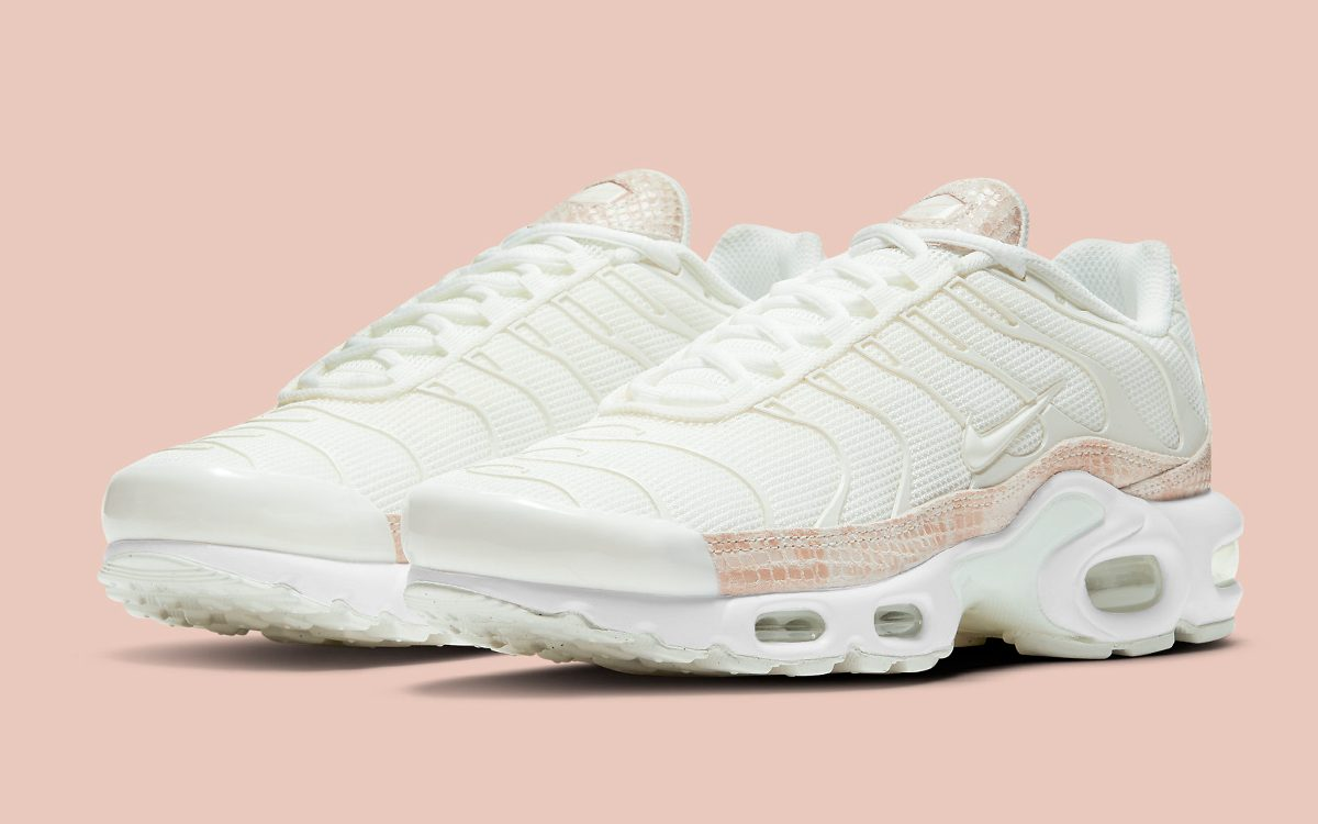 "Air Max Plus Surfaces in Elegant ""Pink Snakeskin"" Scheme"